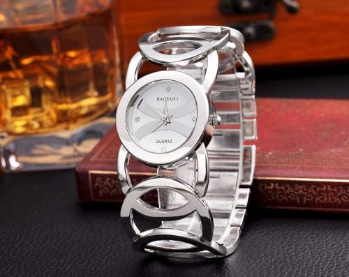 นาฬิกาใส่ออกงาน ใส่ทำงาน สีเงิน สวยหรู premium