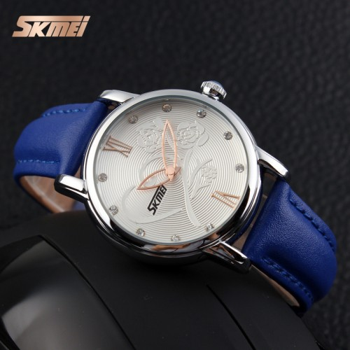 นาฬิกาสีน้ำเงิน ลายดอกไม้ สายหนัง สวยมากๆๆ ยี่ห้อ SKMEI สวยน่ารักสุดๆ คุณภาพดี