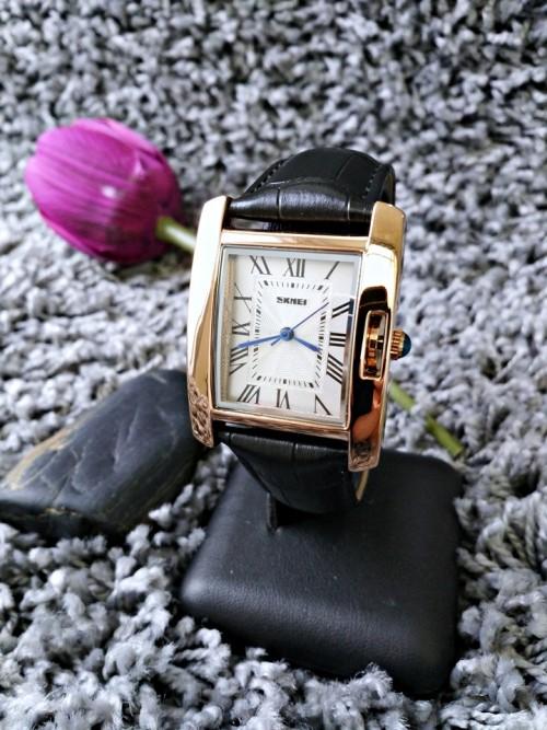 นาฬิกาสายหนัง SKMEI สวยๆ สีดำ ดูดี สวยงาม คลาสสิค