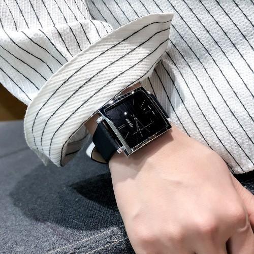 นาฬิกาสีดำ จาก Julius หน้าปัดเหลี่ยมสวยมาก ดูดีสุดๆ สไตล์เกาหลี