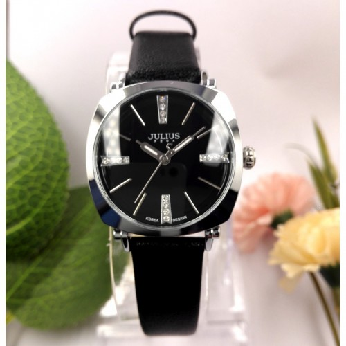 นาฬิกาคุณภาพดี สีดำ แบรนด์ Julius สวย ดูดี