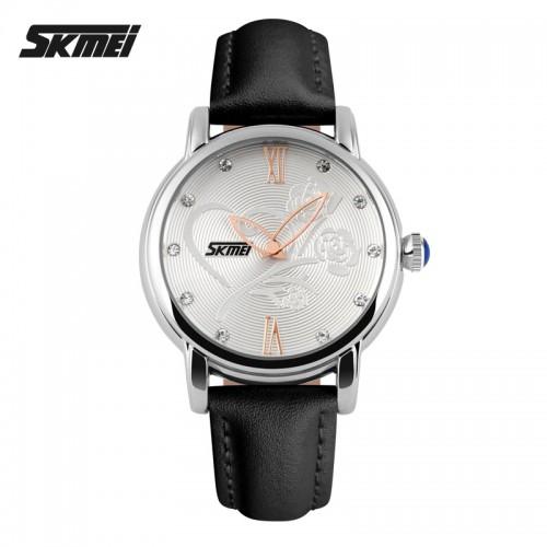นาฬิกาสีดำ ลายดอกไม้ สายหนัง สวยมากๆๆ