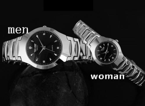 นาฬิกาคู่สีดำ ดีไซน์เรียบหรู ดูดี ไว้ใส่คู่กัน