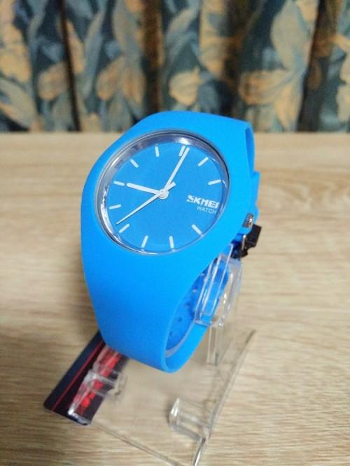 นาฬิกาแฟชั่น SKMEI สีฟ้า สายยาง สวย น่ารักมากๆ