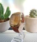 นาฬิกา Julius คุณภาพดี ทรงสวย สีน้ำตาล ดูมีระดับ