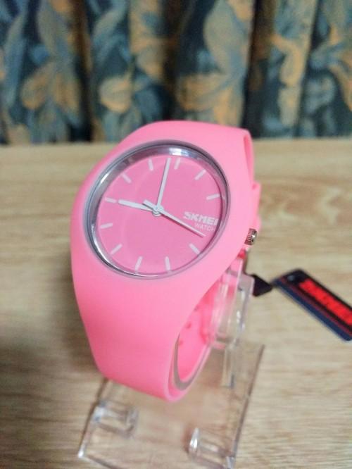 นาฬิกาแฟชั่น SKMEI สีชมพู สายยาง สวย น่ารักมากๆ