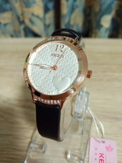 นาฬิกาสายสีดำ KEZZI ลายหน้าปัดรูปหัวใจ สวยน่ารักมาก