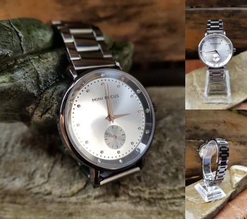 นาฬิกาสวยหรู Mini Focus สีเทาเงิน ดูดี งาน premium
