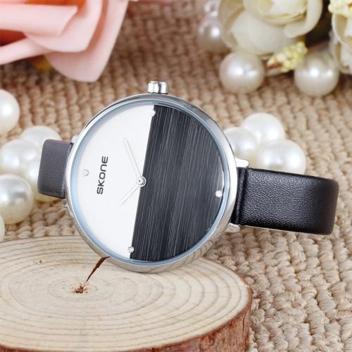 นาฬิกา SKONE สายหนังสีดำ หน้าปัดดูสะอาด สวยมาก