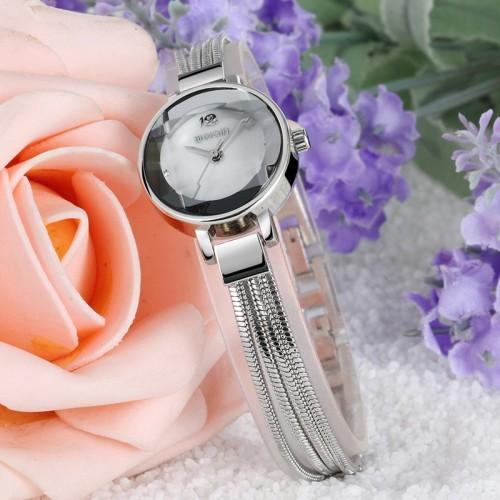 นาฬิกา WEIQIN ดีไซน์สายสร้อยสีเงิน สวยดูดีสุดๆ