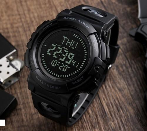 นาฬิกาดิจิตอล SKMEI สายยางคุณภาพดี หน้าปัดดำ ฟังชั่นครบครัน