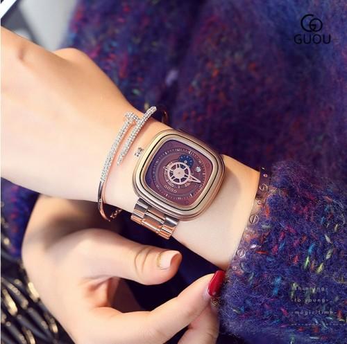 นาฬิกา GUOU หน้าปัดสีน้ำตาล สไตล์กลไก ดูคลาสสิคและมีเสน่ห์