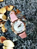 นาฬิกาแบรนด์ Julius สีชมพู พื้นหน้าปัดลายมุขสวยมากก