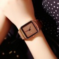 นาฬิกาสายยางเกรดพรีเมียม ยี่ห้อ GUOU สีน้ำตาล เรียบหรูมาก