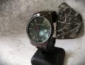 นาฬิกา Hannah Martin สายสีดำ หน้าปัดดำ สไตล์ minimalist