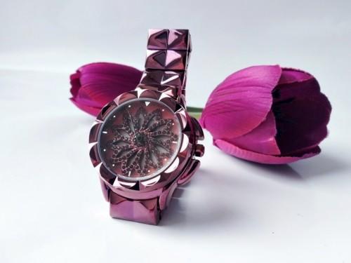 นาฬิกาสวยหรูสีม่วง รุ่นเอกลักษณ์กังหันดอกไม้หมุน สวยมาก
