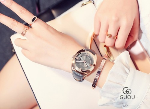 นาฬิกาแบรนด์ GUOU สายหนังสีเทา สวยหรู งานคุณภาพ