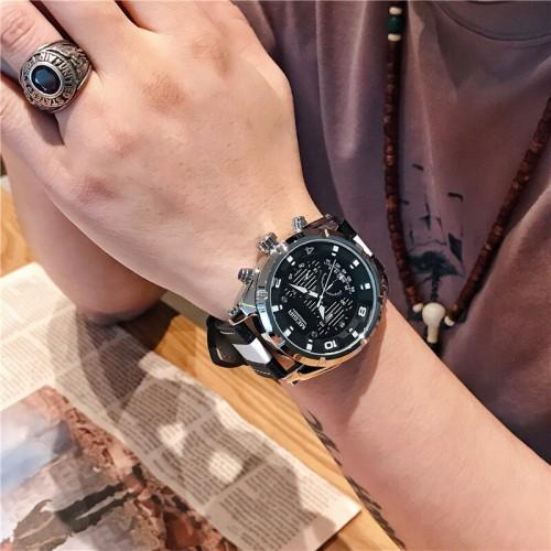 นาฬิกาสุดเท่ห์จาก MEGIR สายหนังแท้สีดำตัดขาว มีสไตล์