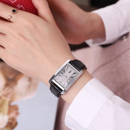 นาฬิกาแบรนด์ Julius สายหนังแท้สีดำ หน้าปัดขาว ดีไซน์สวยคลาสสิค