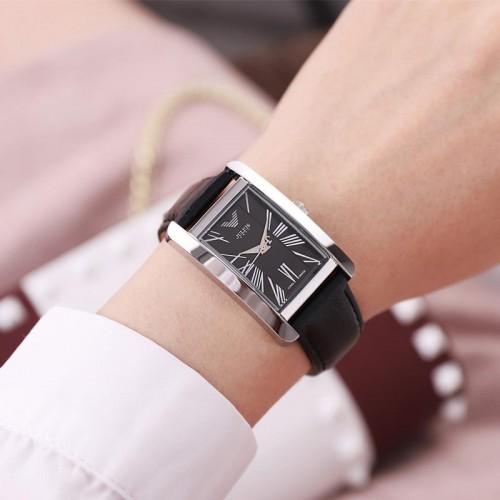 นาฬิกาแบรนด์ Julius สายหนังแท้สีดำ ดีไซน์สวยคลาสสิค