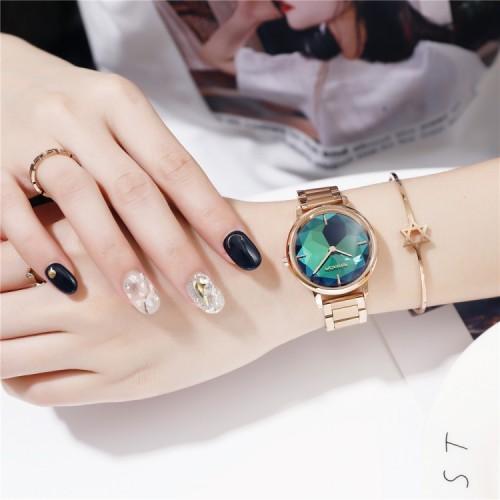 นาฬิกาแบรนด์ SANDA ดีไซน์สไตล์คริสตัล สีเขียวสวยหรู