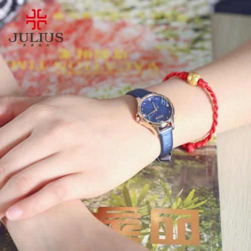 นาฬิกาสายหนังแบรนด์ Julius สีน้ำเงิน หน้าปัดสวยหรู