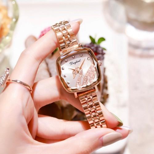 นาฬิกา Daybird หน้าปัดพิงโกลด์ หน้าปัดลายหงส์ประดับเพชรสวยมาก