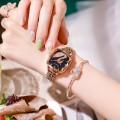นาฬิกา Daybird หน้าปัดดำ หน้าปัดลายหงส์ประดับเพชรสวยมาก