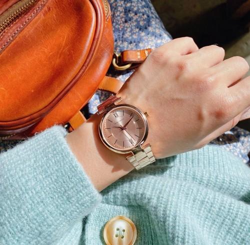 นาฬิกาหรู ยี่ห้อ Mini Focus หน้าปัดและตัวเรือนสีพิงค์โกลด์ สวยหรู