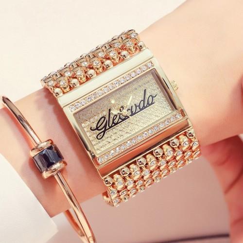 นาฬิกา G&D ดีไซน์สวยหรูสีทอง โดดเด่นมาก
