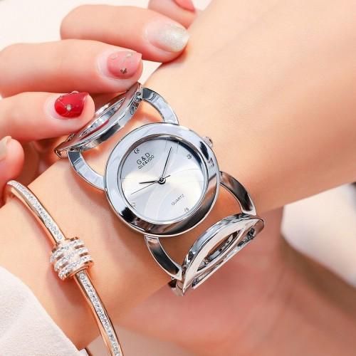 นาฬิกา G&D สีเงิน สวยหรูดีไซน์มีเอกลักษณ์