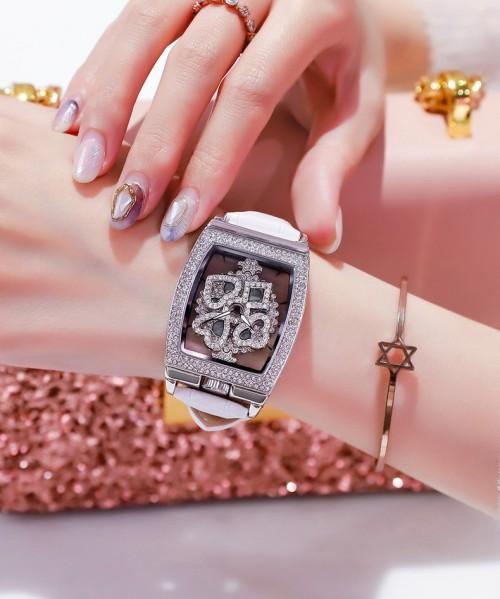 นาฬิกาสายหนังสีขาวแบรนด์ Meriots ลายสวยมากก หน้าปัดหมุนได้